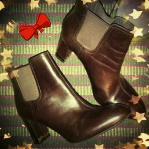 Tory Burch Brown April boots/booties